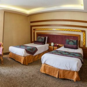 Book Shiraz Hotels - Booking Iran Hotels - Aryobarzan Hotel Shiraz