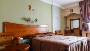 Booking Hotels in Iran - Tehran Hotels - Parsian Azadi Hotel Tehran