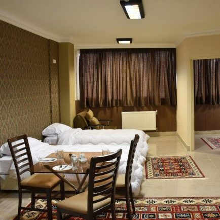 Book Isfahan Hotels - Booking hotels in Iran - Zendeh Rood Hotel Isfahan