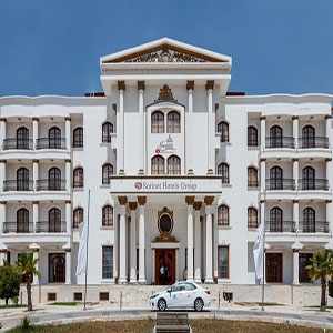 Maryam-Sorinet-Hotel-Kish-IranTravelBooking-01.jpg