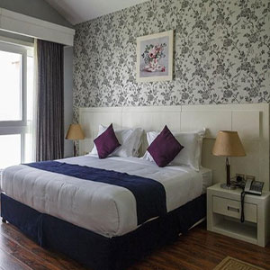 Toranj-Hotel-Kish-IranTravelBooking-01.jpg