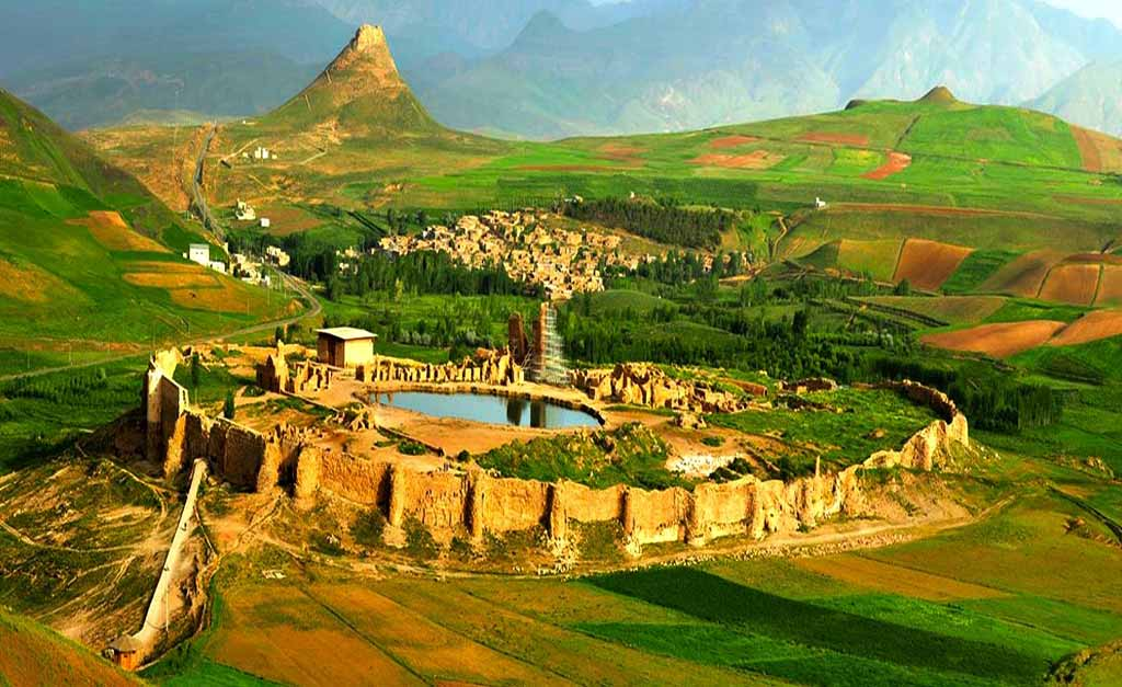 Takht-e Soleyman - Iran Travel Booking